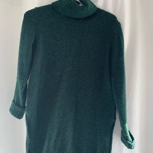 Dark green turtle neck knit sweater